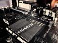 Investigadores descubren que chips de Intel tienen un defecto de seguridad que no se puede parchear